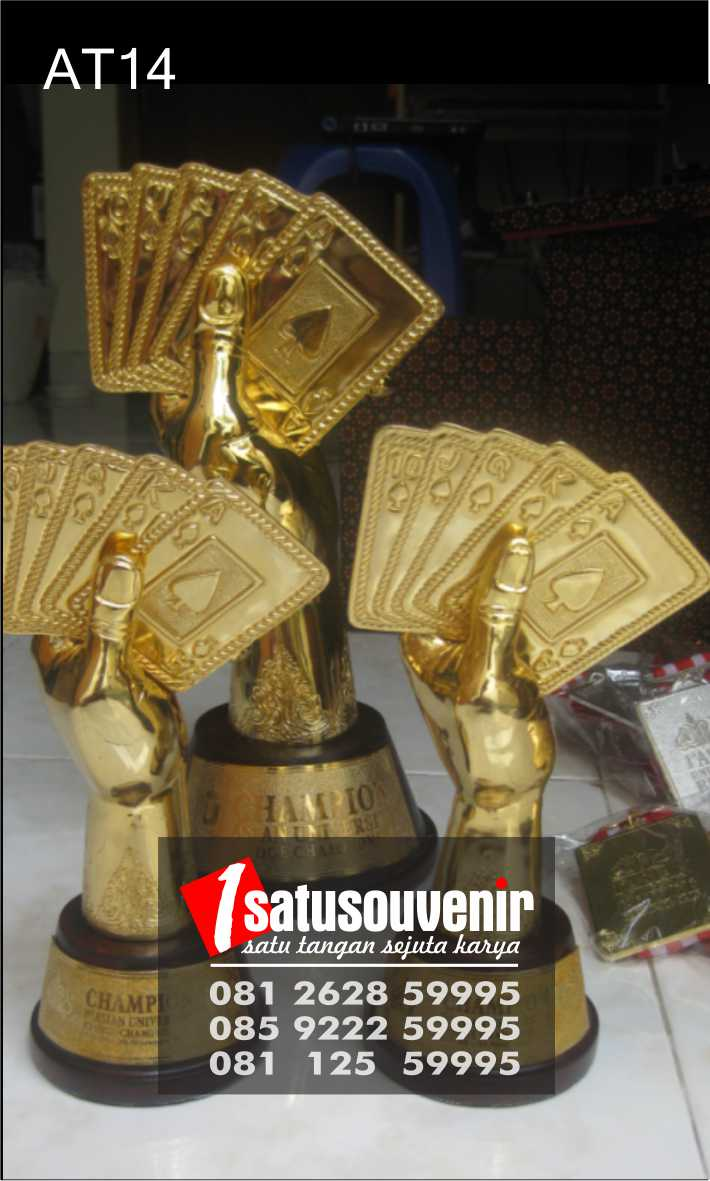 Award Trophy Kuningan Kompetisi Bridges | Plakat Piala Bridgers | Trophy Bridgers
