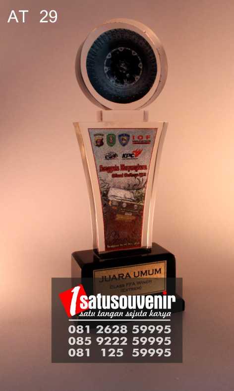 Awards Trophy Murah | Award Trophy Sanggata Bayangkara Offroad Challenge