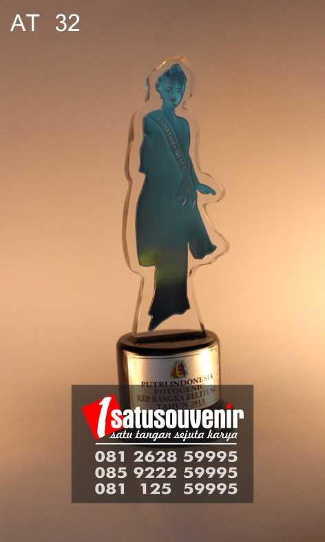 Plakat Awards Fotogenic Putri Indonesia | Plakat Trophy Akrilik Murah