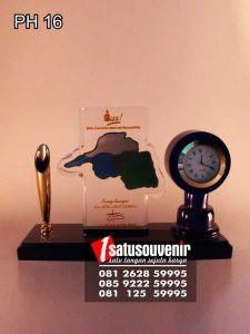 Plakat Jam Pen Holder Lubuk Linggau