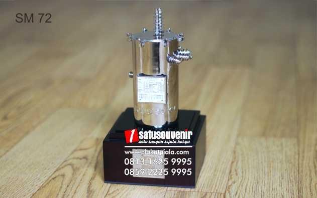 Souvenir Miniatur PLN Eksklusif dan Elegan