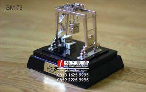 Souvenir Miniatur IPC Eksklusif Dan Elegan