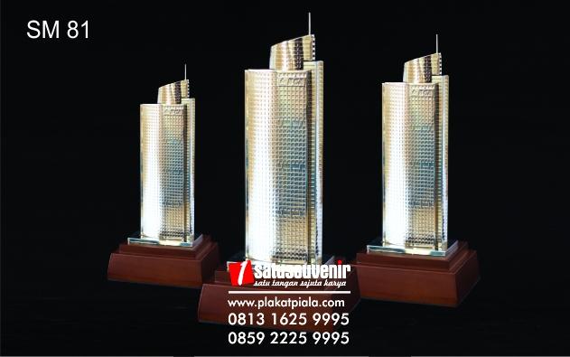 Souvenir Miniatur Bangunan Gedung BCA
