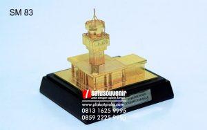 Souvenir Miniatur Bangunan Gedung Airnav Eksklusif